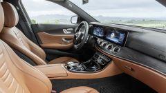Mercedes Classe E Wagon: i posti anteriori