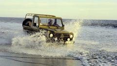 Mercedes Classe G: prove in riva al mare