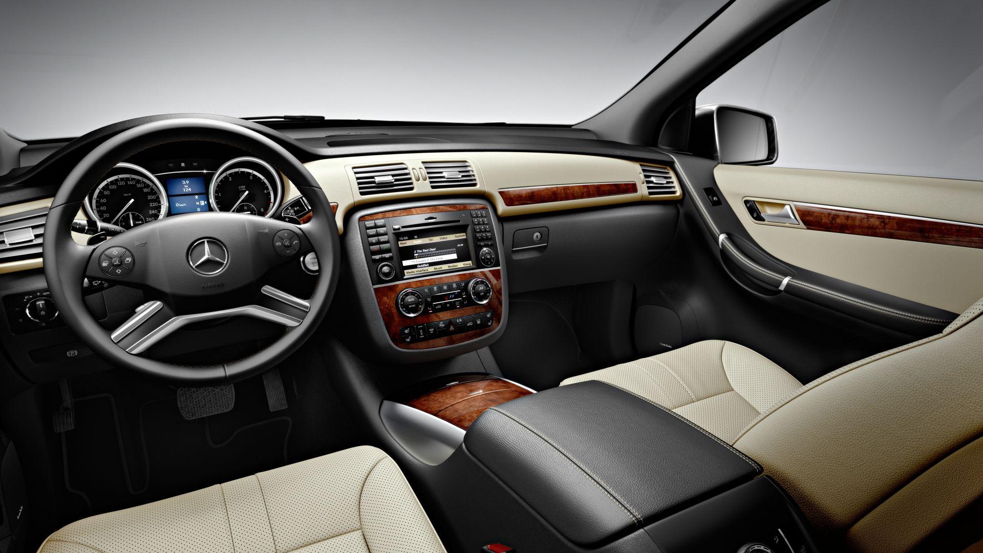 Immagine 11: Mercedes Classe R 2011