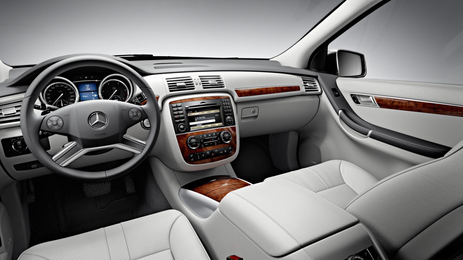 Immagine 9: Mercedes Classe R 2011