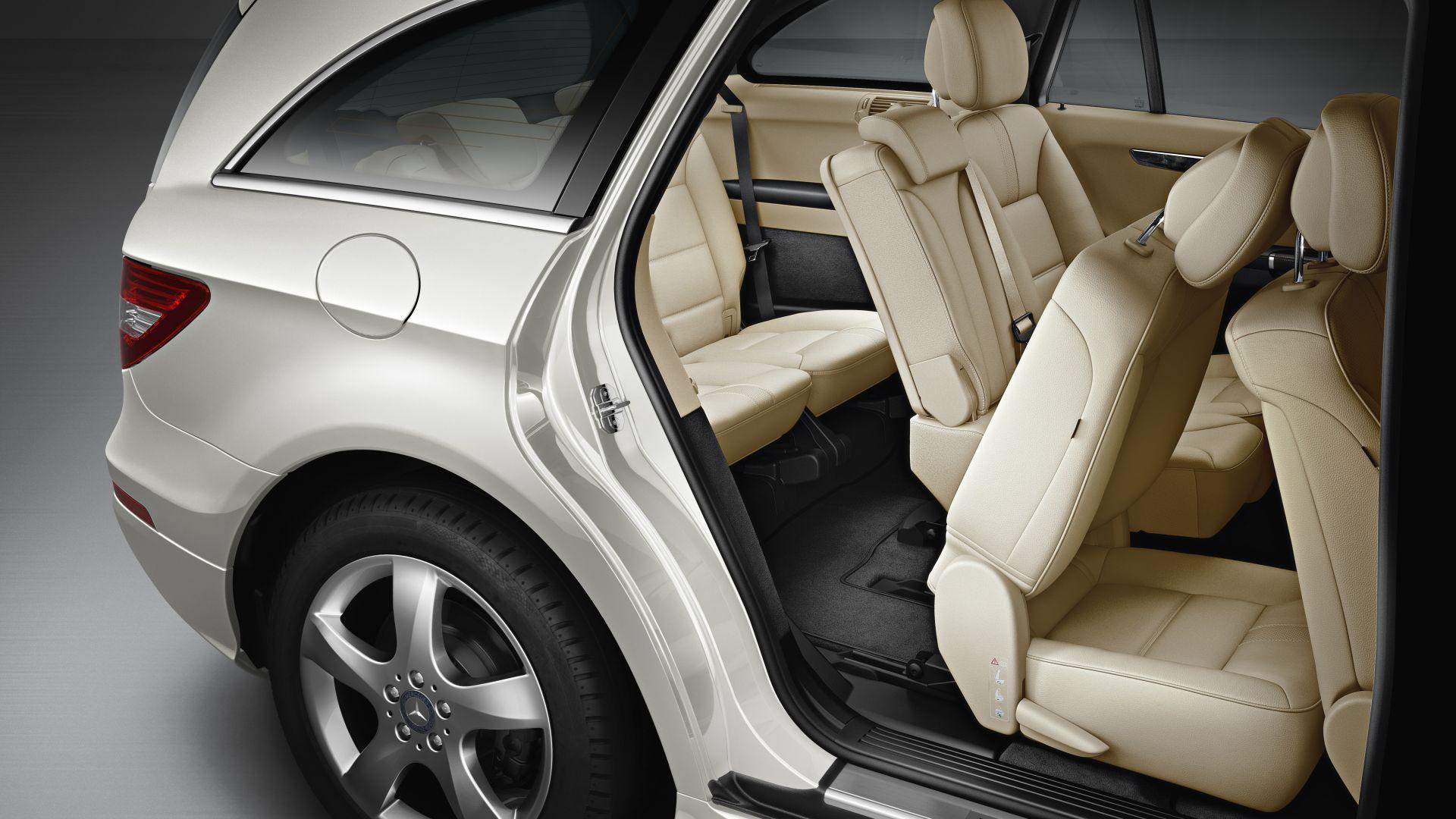 Immagine 13: Mercedes Classe R 2011