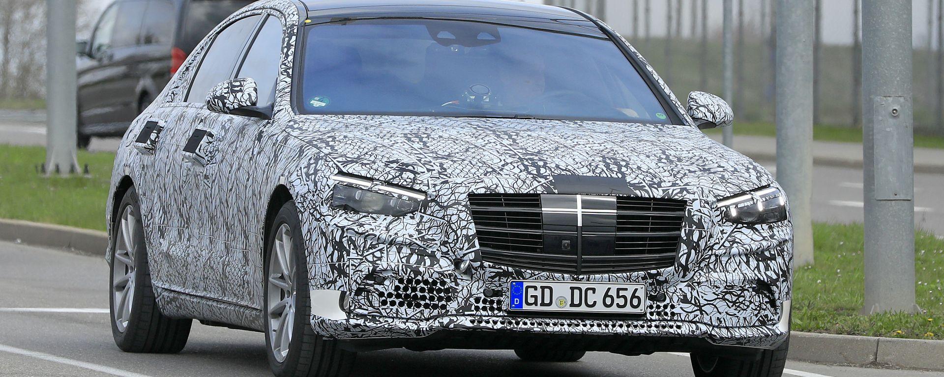 Nuova Mercedes Classe S: dal 2020 ibrida, dal 2022 elettrica