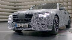 Nuova Mercedes Classe S: prime immagini ufficiali, MBUX compreso - Immagine: 1
