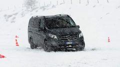 Mercedes Classe V è disponibile sia a trazione posteriore sia integrale 4matic