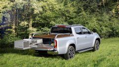 Mercedes Classe X: quando il pick-up diventa camper - Immagine: 2