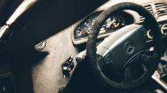 Mercedes CLK-GTR, il posto guida