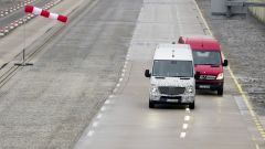 Mercedes Crosswind Assist - Immagine: 5