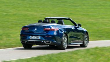 Mercedes E 220 d cabrio: riscoprire il gusto della guida a cielo aperto