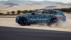 Mercedes EQ C, test in Spagna in vista del debutto
