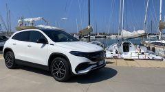 Mercedes EQA 2021, il SUV elettrico durante la presentazioni alla stampa italiana