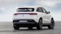 Nuova Mercedes EQC: il Suv elettrico in video da Parigi 2018 - Immagine: 12