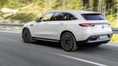 Nuova Mercedes EQC: il Suv elettrico in video da Parigi 2018 - Immagine: 1