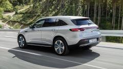Nuova Mercedes EQC: il Suv elettrico in video da Parigi 2018 - Immagine: 18