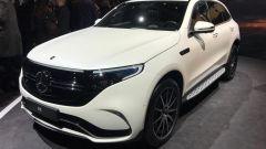 Nuova Mercedes EQC: il Suv elettrico in video da Parigi 2018 - Immagine: 5