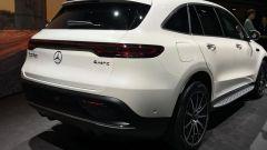 Nuova Mercedes EQC: il Suv elettrico in video da Parigi 2018 - Immagine: 7