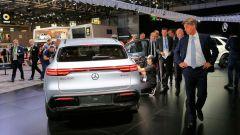 Nuova Mercedes EQC: il Suv elettrico in video da Parigi 2018 - Immagine: 29