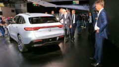 Nuova Mercedes EQC: il Suv elettrico in video da Parigi 2018 - Immagine: 30