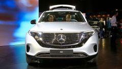 Nuova Mercedes EQC: il Suv elettrico in video da Parigi 2018 - Immagine: 44