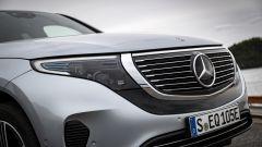 Mercedes EQC 400: il frontale