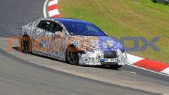 Mercedes EQS: i test al Nurburgring