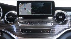 Mercedes EQV: display centrale da 10