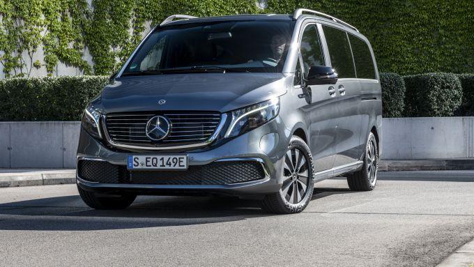 Mercedes EQV: il frontale