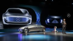 Mercedes F 015 Luxury in Motion - Immagine: 4