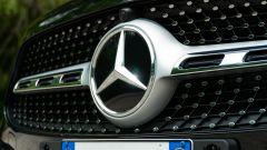 Mercedes GLA 200 d Automatic Premium, lo stemma sulla calandra