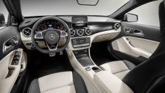 Mercedes GLA 2017, gli interni