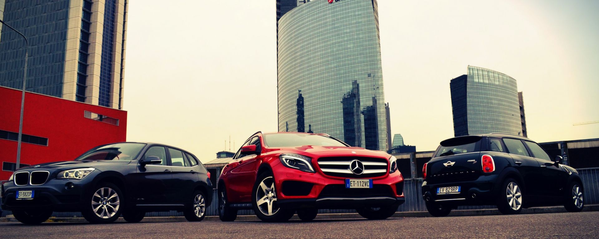 Mercedes GLA vs BMW X1 vs Mini Countryman