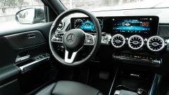 Mercedes GLB 200d:la plancia di comando del SUV tedesco
