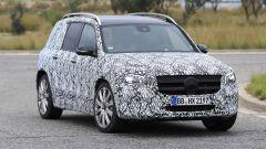 Mercedes GLB 35 AMG: 300 cv possono bastare? Nuove foto - Immagine: 5