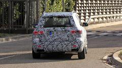 Mercedes GLB 35 AMG: 300 cv possono bastare? Nuove foto - Immagine: 16