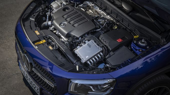 Mercedes GLB motore