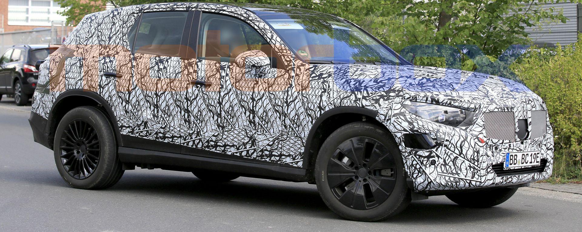 Mercedes GLC 2022, foto spia
