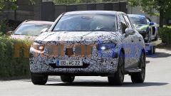 Mercedes GLC 2022, il muletto su strada