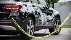 Mercedes GLC F-Cell plug-in in ricarica