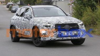 Mercedes GLC: visuale di 3/4 anteriore