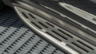 Mercedes GLE 350de EQ POWER 4MATIC, dettaglio della pedana laterale