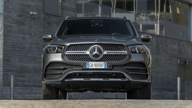 Mercedes GLE 350de, il frontale: si noti l'altezza da terra