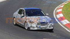 Mercedes-Maybach Classe S: lo stile dell'avantreno replica quello della nuova Classe S
