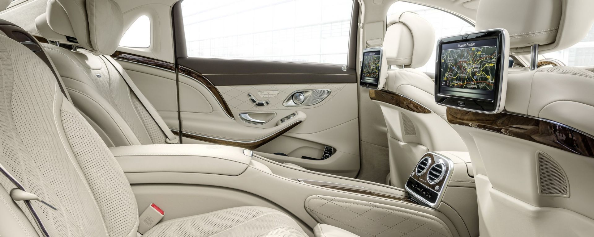 novit auto mercedes maybach classe s motorbox. Black Bedroom Furniture Sets. Home Design Ideas
