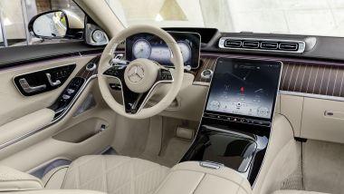Mercedes-Maybach S 2021: il posto di guida