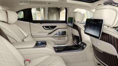 Mercedes-Maybach S 2021: il salotto posteriore