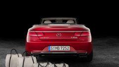 Mercedes-Maybach S 650 Cabriolet è equipaggiata di serie con un set di valigie da viaggio
