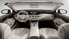 Mercedes-Maybach S 650 Cabriolet: interni in pelle Nappa