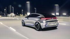 Mercedes, in futuro auto elettrica e condivisa. La roadmap - Immagine: 1