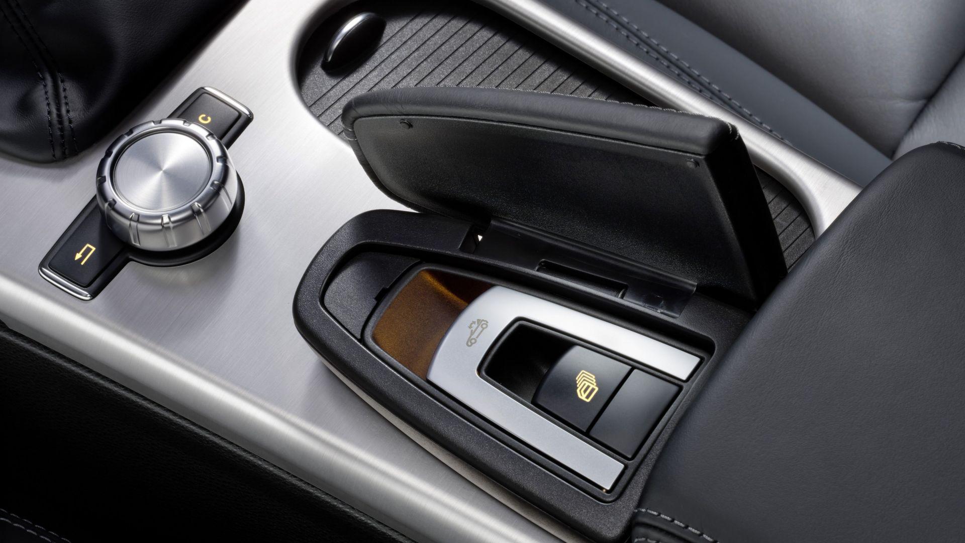 Immagine 31: Mercedes SLK 2011