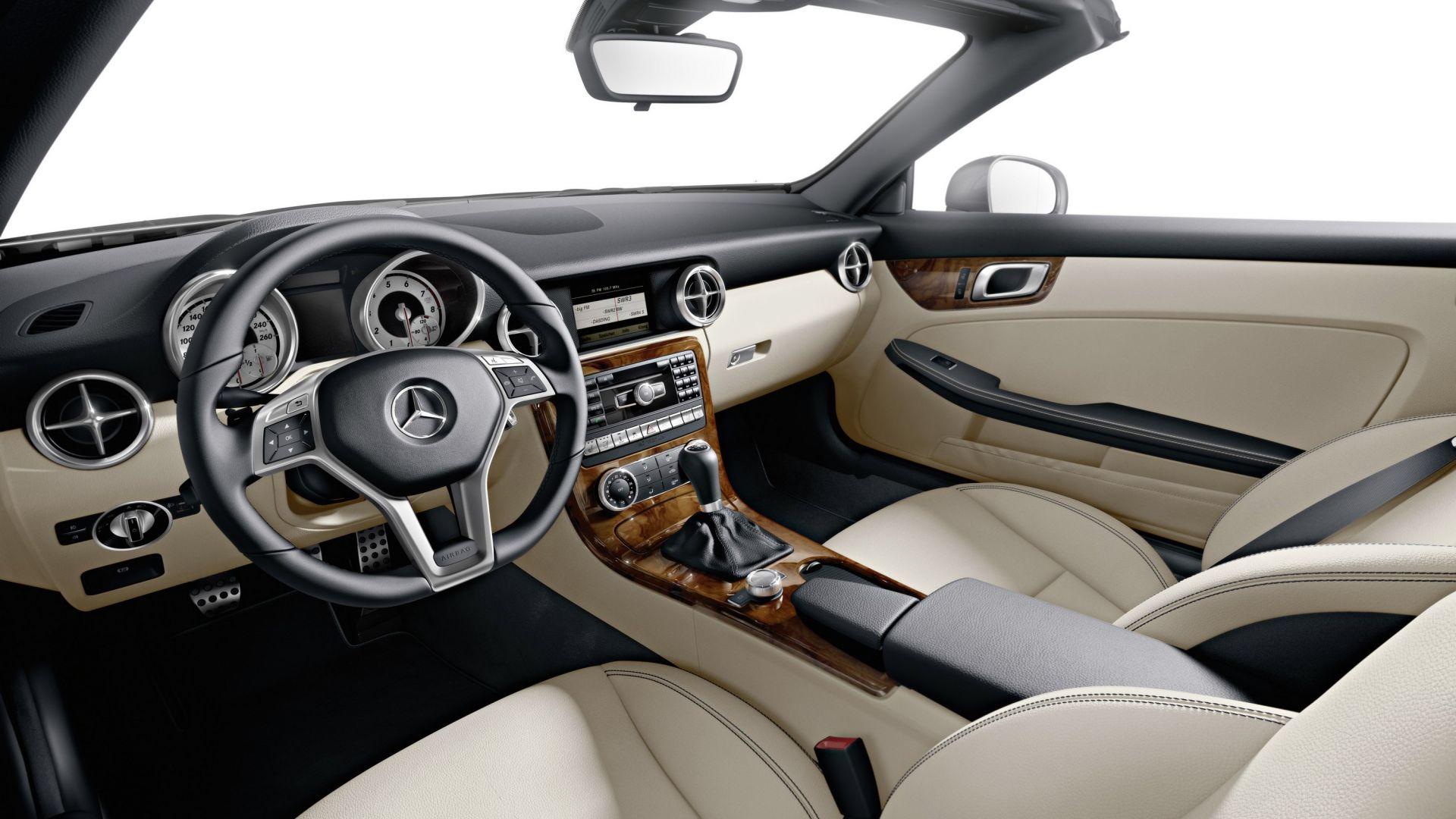 Immagine 30: Mercedes SLK 2011