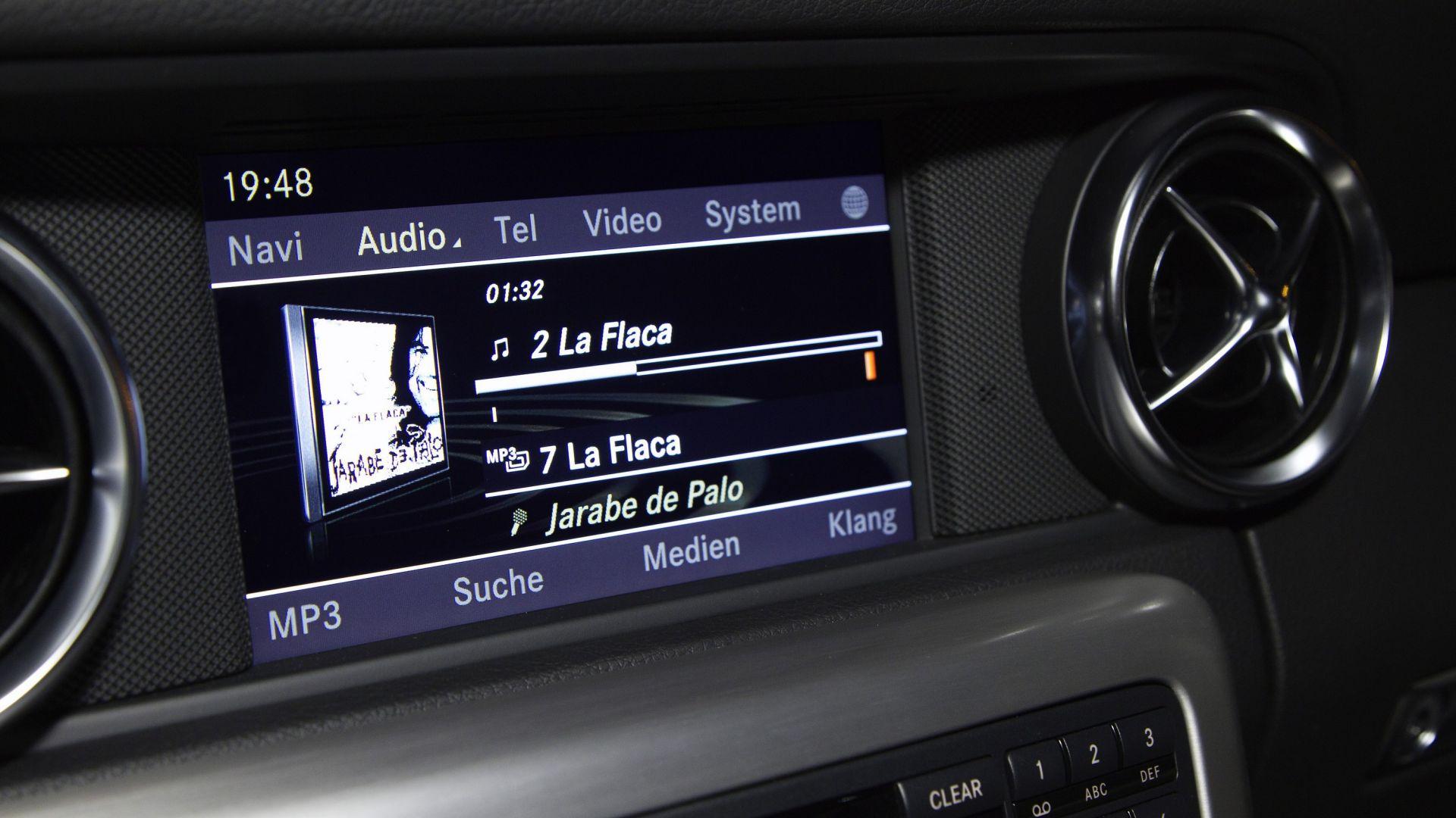 Immagine 32: Mercedes SLK 2011